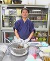 魚のさばき方教室の先生、三坂末晴先生
